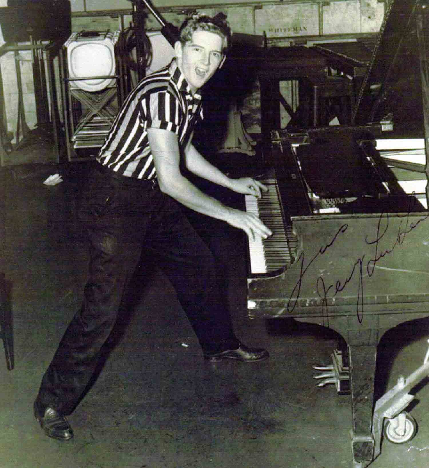 http://mikedennisnoir.com/wp-content/uploads/Jerry-Lee-Lewis.jpg